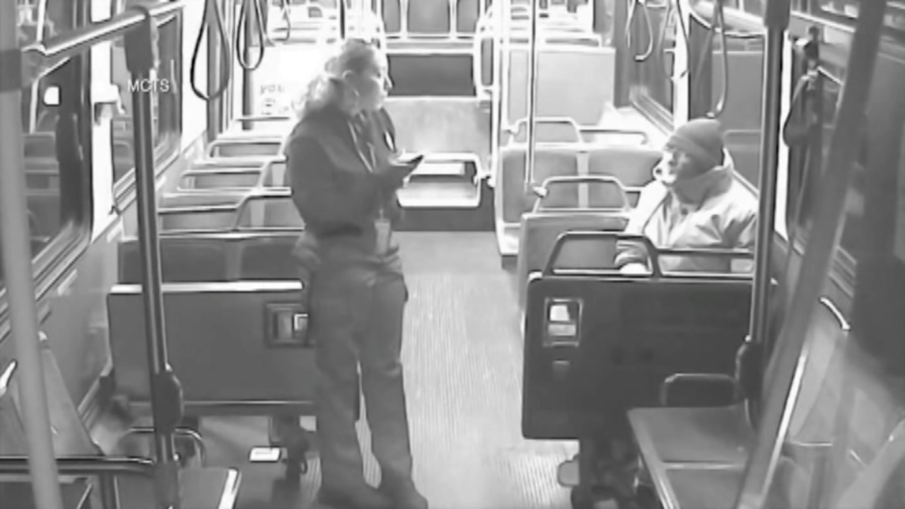 Milwaukee bus driver gives homeless man a helping hand. Gray Hall reports during Action News at 7 a.m. on November 25, 2018.