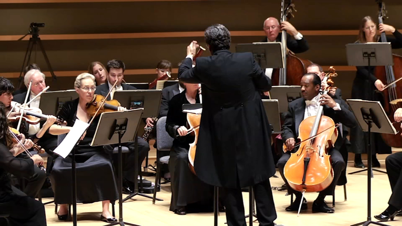 Migrations plays the melodies of the world with the Philly Chamber Orchestra. Karen Rogers reports during Action News at 7 a.m. on November 25, 2018.