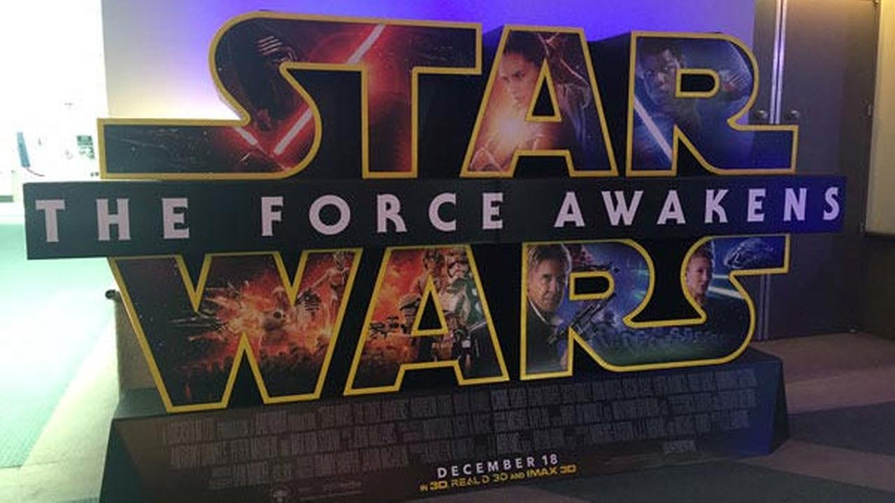 Matt O'Donnell reviews 'Star Wars: The Force Awakens'