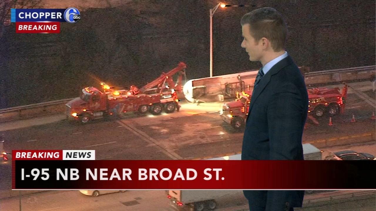 Tank truck overturns on I-95. Matt Pelman reports during Action News Mornings on November 26, 2018.