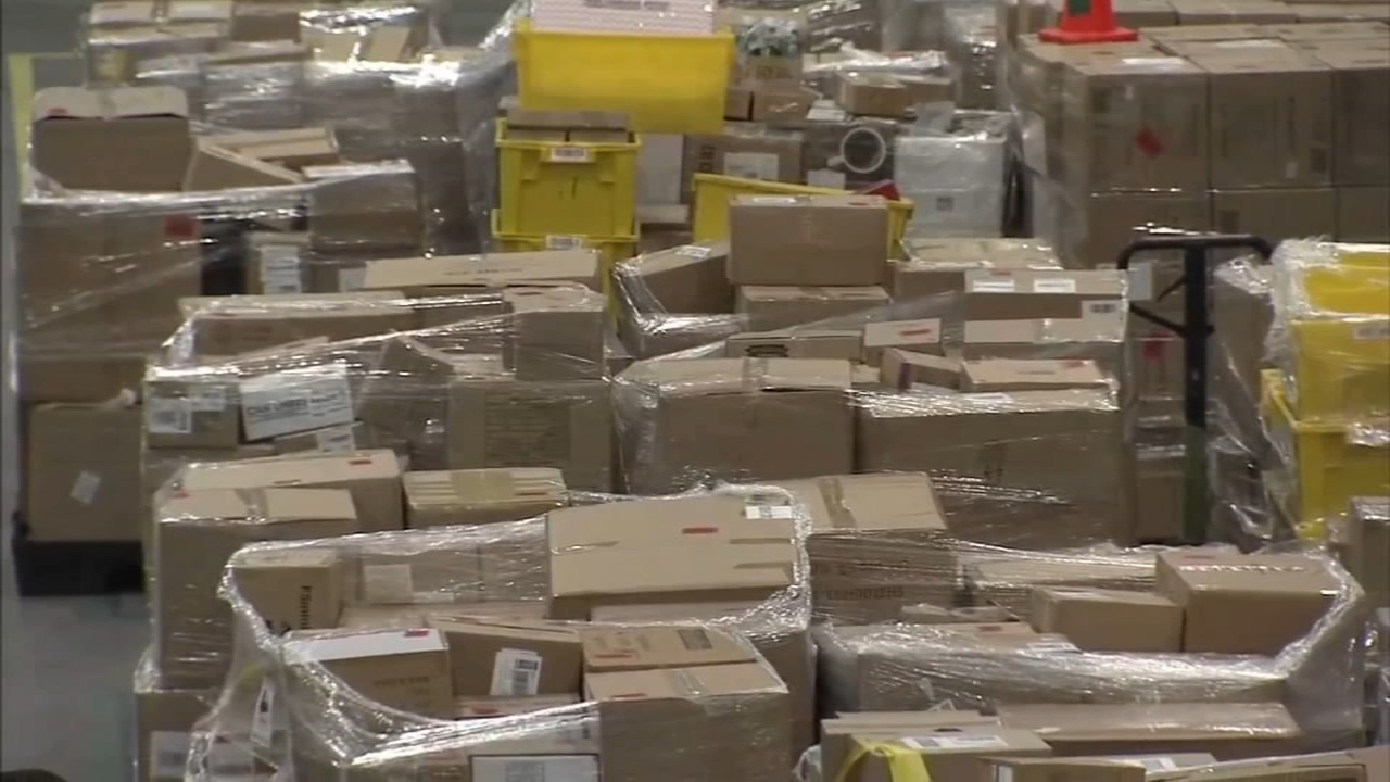 If you cant get home in time to pick up your mail at local mail centers, like UPS, FedEx and the Post Office as reported by Annie McCormick during Action News at 11 on November 26