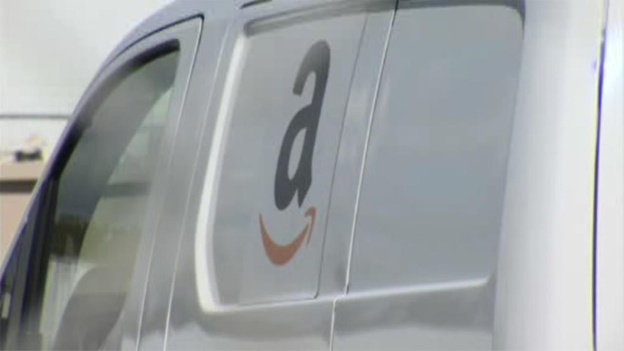 Delivery driver carjacked, packages stolen