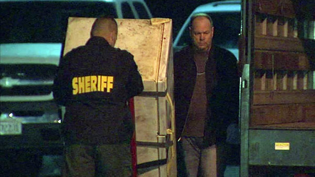 Human remains found inside refrigerator in Orange Co., California
