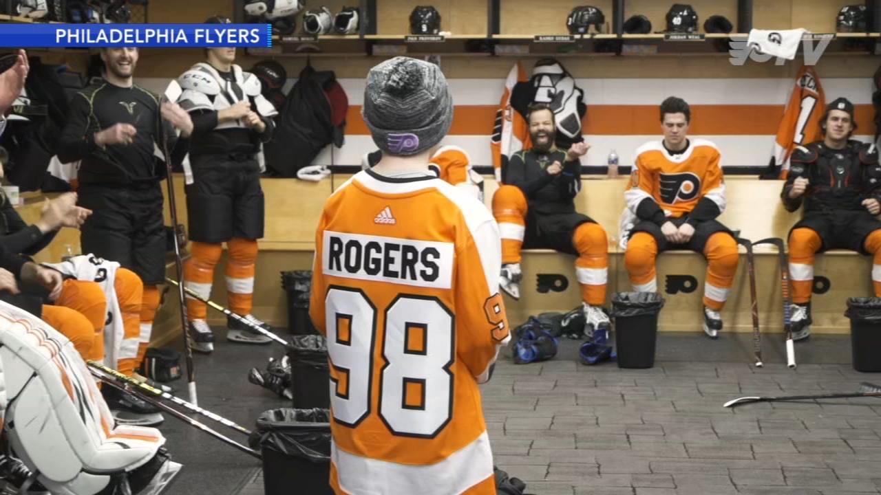 N.J. teen battling leukemia visits Flyers locker room. Matt ODonnell reports during Action News Mornings on November 28, 2018.