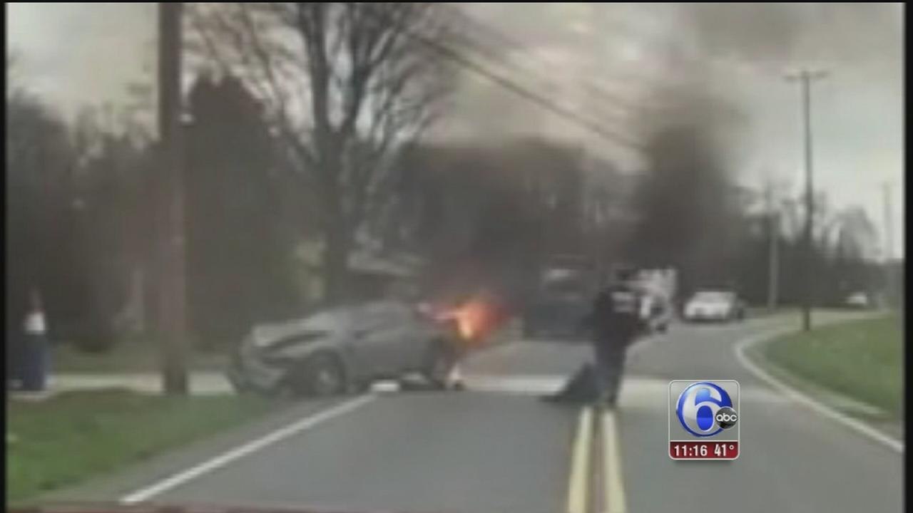 VIDEO: Car fire rescue