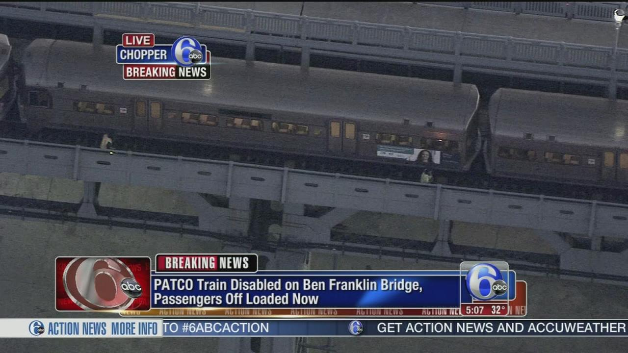 VIDEO: PATCO train stuck on Ben Franklin Bridge