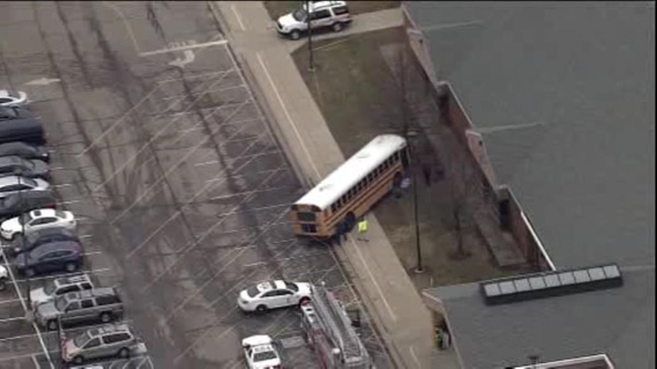 Driver: Principal fatally hit by bus pushed kids out of way