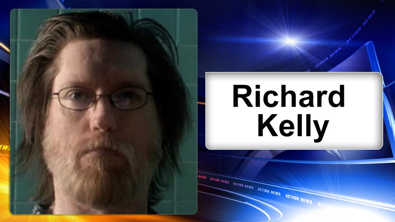 Philadelphia police search for missing endangered man