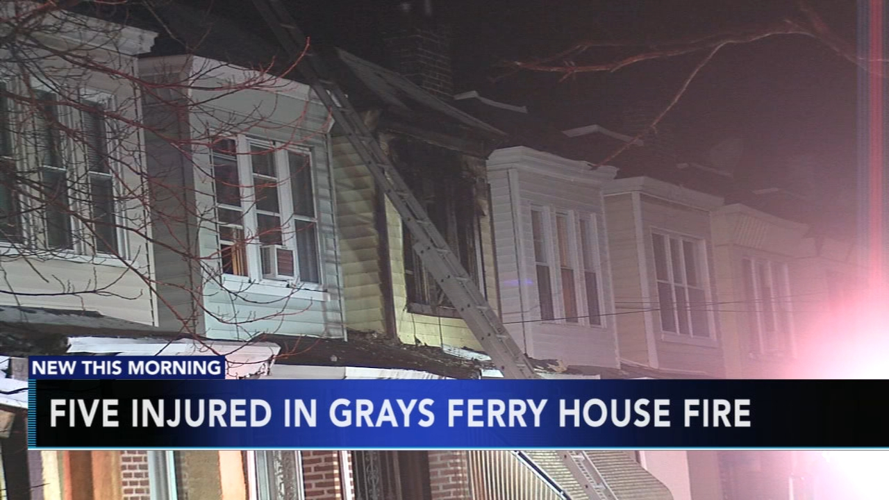 5 hospitalized for smoke inhalation following house fire in Grays Ferry. Gray Hall reports during Action News at 6 a.m. on December 1, 2018.