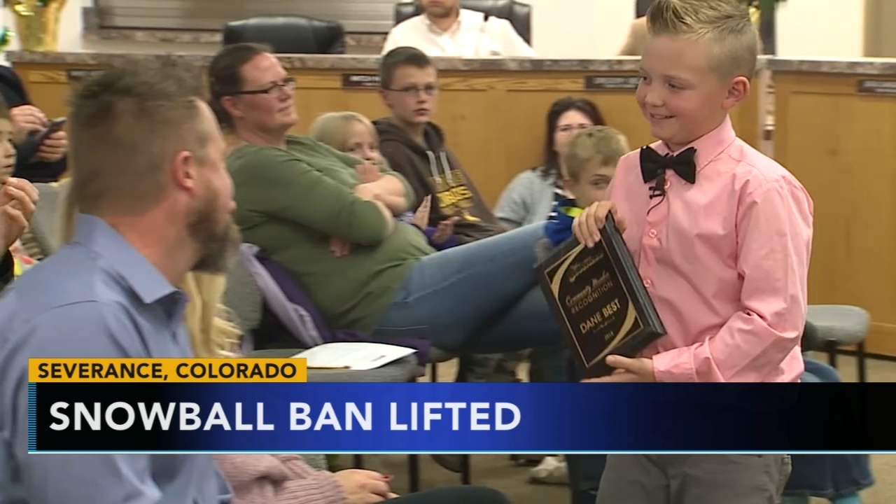Snowball ban lifted in Colorado town. Tamala Edwards reports during Action News Mornings on December 4, 2018.