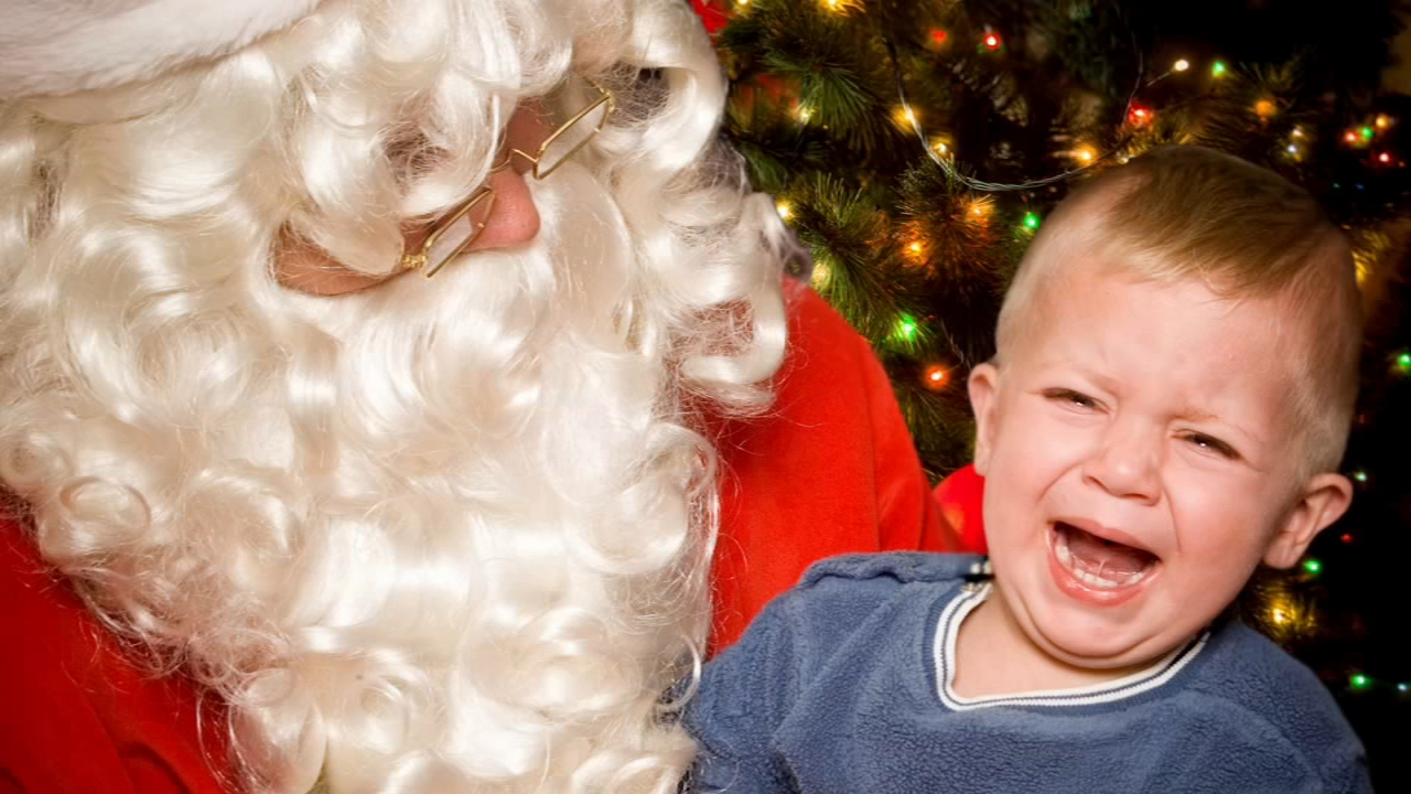 Preparing your kids for tear-free, picture-perfect photos with Santa - Alicia Vitarelli reports during Action News at 4pm on December 7, 2018.