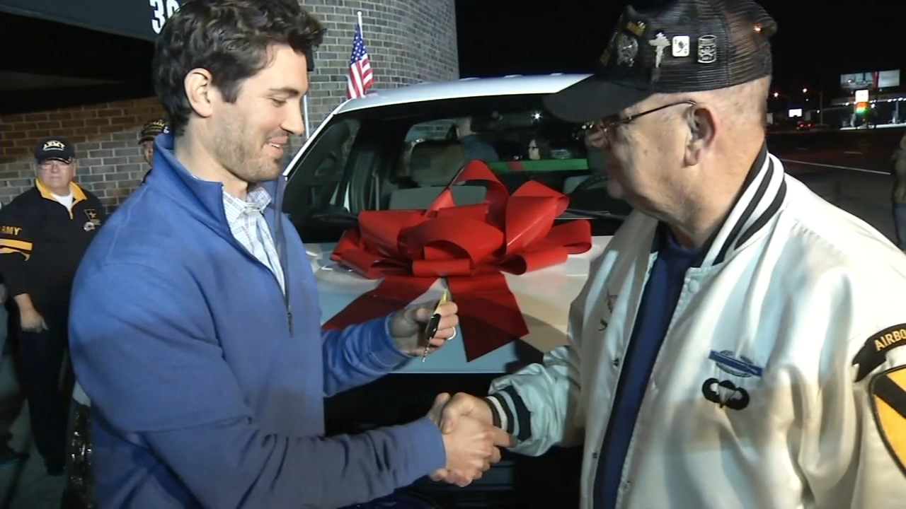 Vietnam veteran who honors war veterans surprised with new truck. Gray Hall reports during Action News at 6 a.m. on December 9, 2018.