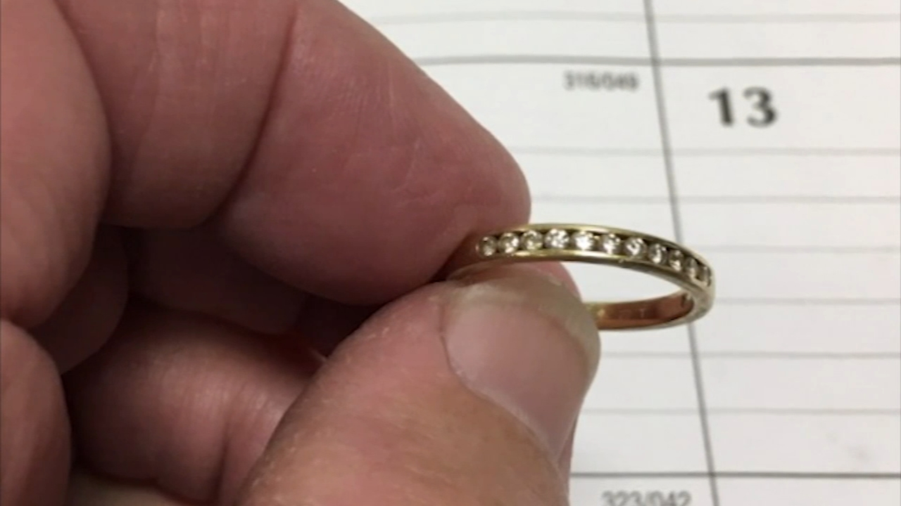 Wedding ring flushed down toilet recoved 9 years later: Vernon Odom reports on Action News at 6 p.m., December 10, 2018