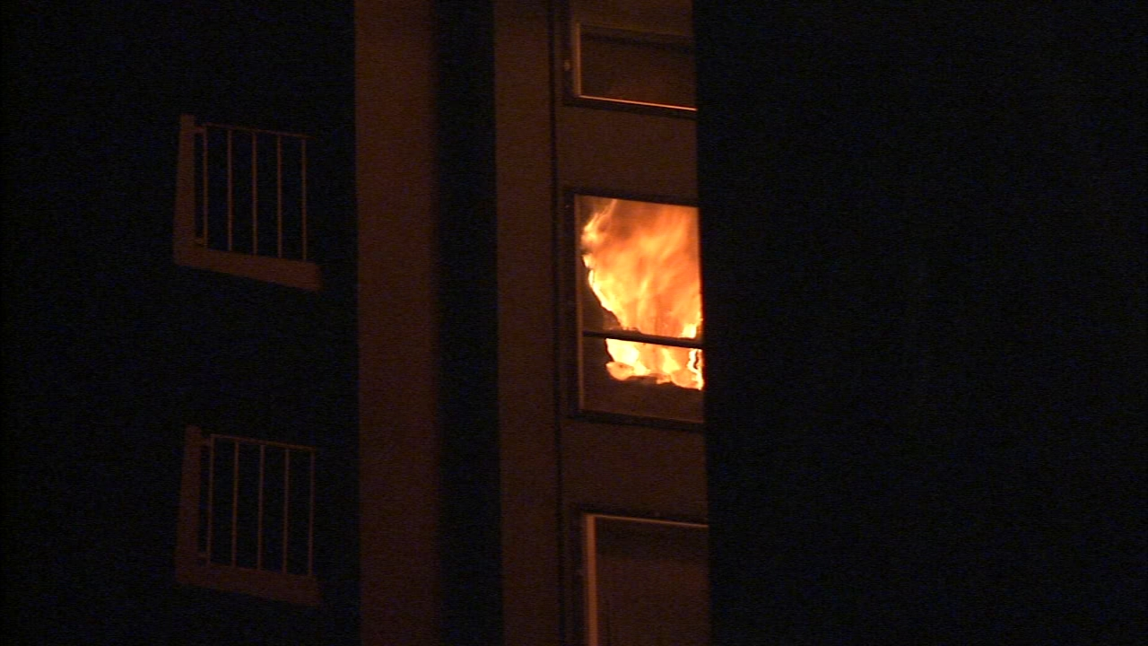 Fire breaks out in Rittenhouse high-rise. Jeannette Reyes reports during Action News Mornings on December 11, 2018.