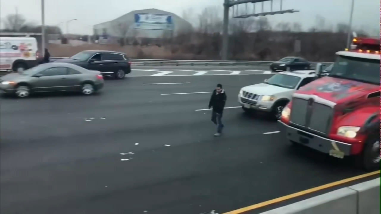 Cash rains down on NJ highway, leading to multiple crashes. Watch this report from Action News at 5:30pm on December 13, 2018.