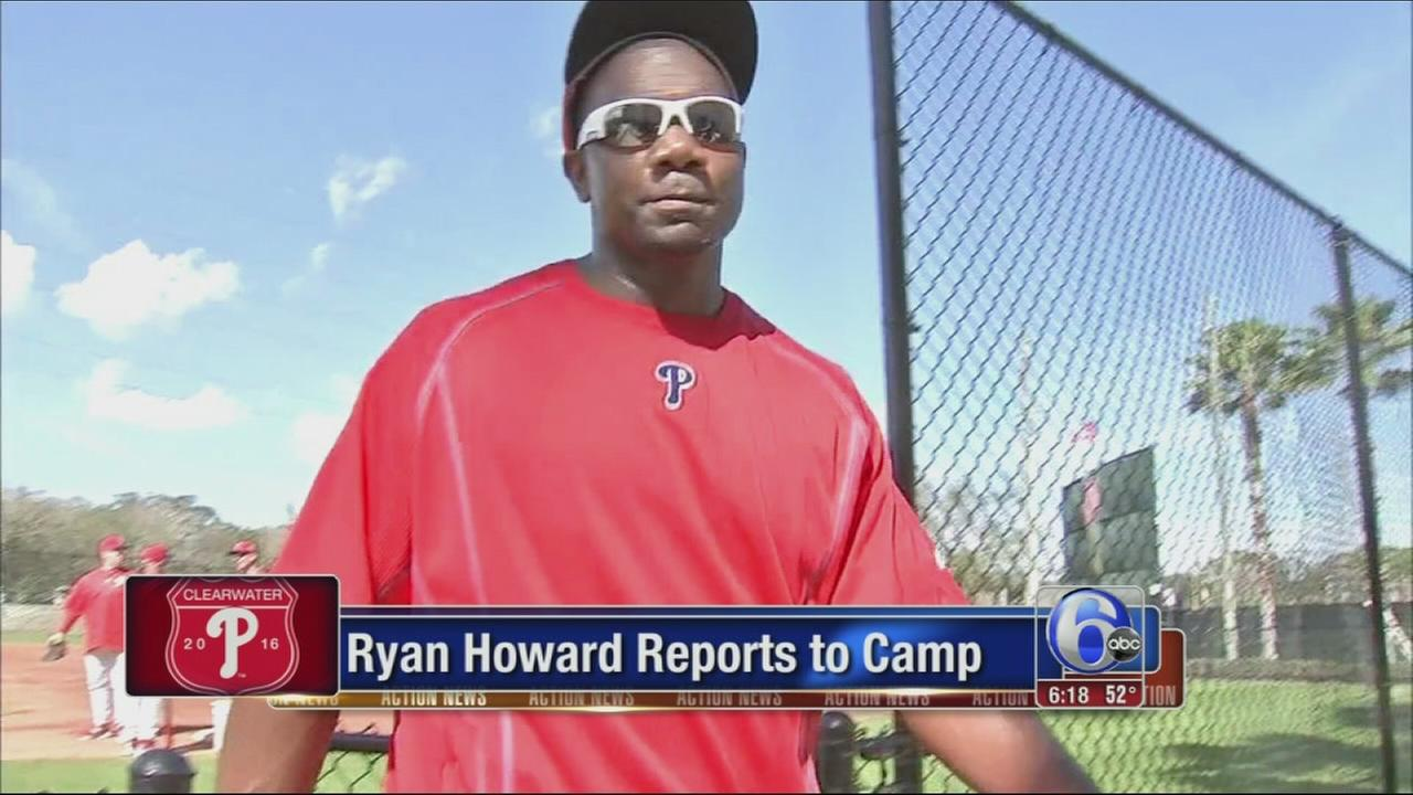 VIDEO: Ryan Howard reports to camp
