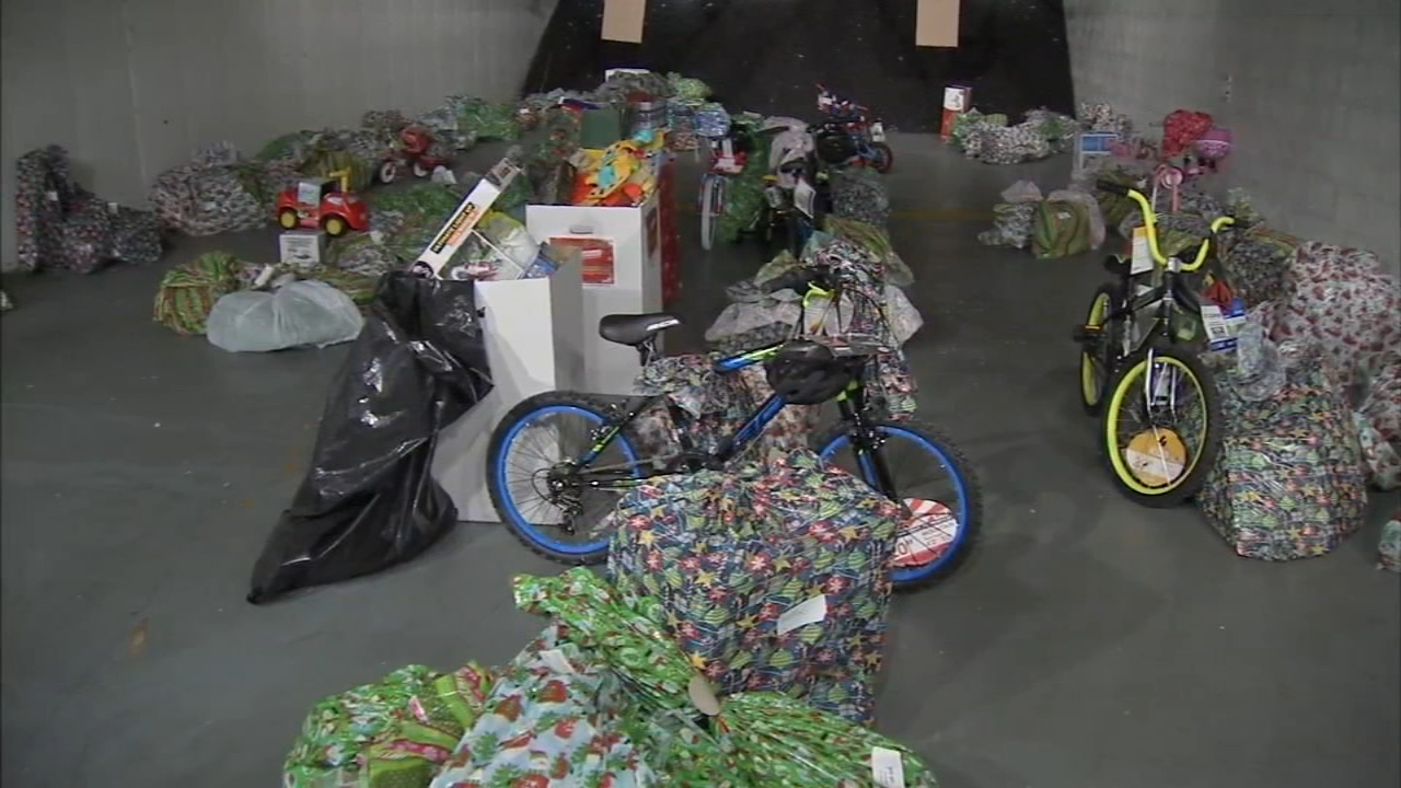 Police officers in Camden deliver toys to families in need. Bob Brooks reports during Action News at 10 a.m. on December 16, 2018.