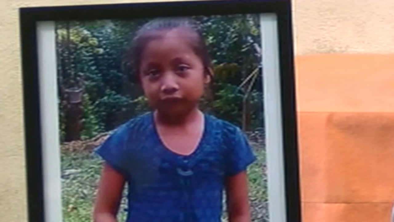 Family of migrant girl disputes official story on her death. ABC News reports during Action News at 6 a.m. on December 16, 2018.