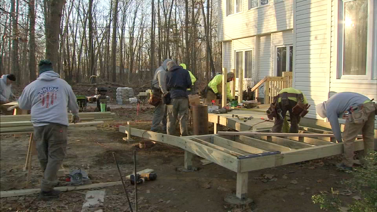 Volunteers build ramp for child paralyzed in car crash. Rick Williams reports during Action News at Noon on December 18, 2018.
