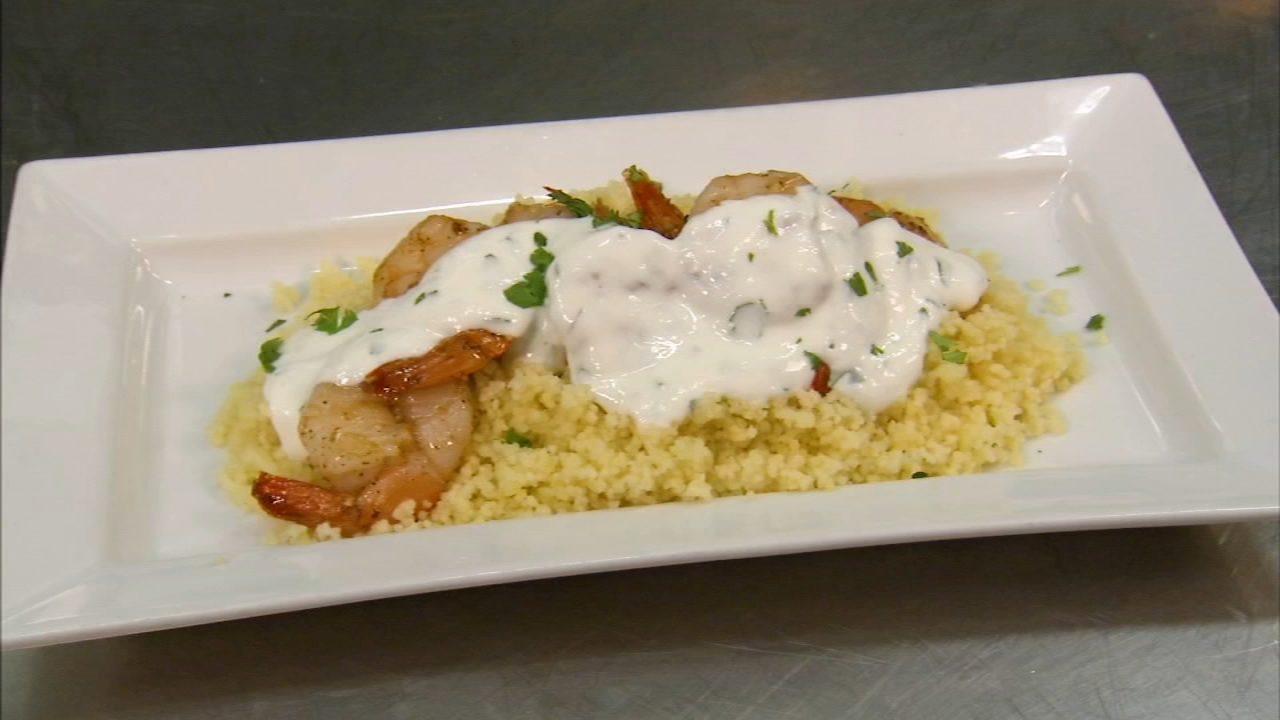 In this weeks 6 Minute Meal, Alicia Vitarelli has the recipe for Jet Wine Bars garlic shrimp with couscous and cilantro yogurt sauce.