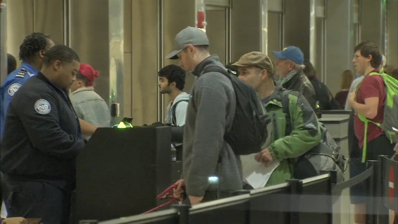 Holiday travel in full gear at Philadelphia airport. Annie McCormick reports during Action News at Noon on December 21, 2018.