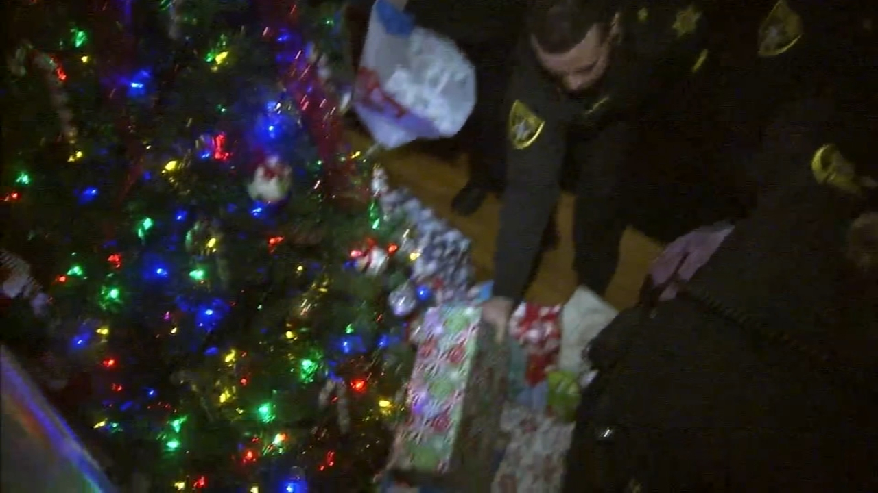 Bucks County Sheriffs help family in need for holiday: Trish Hartman reports on Action News at 11 p.m., December 23, 2018