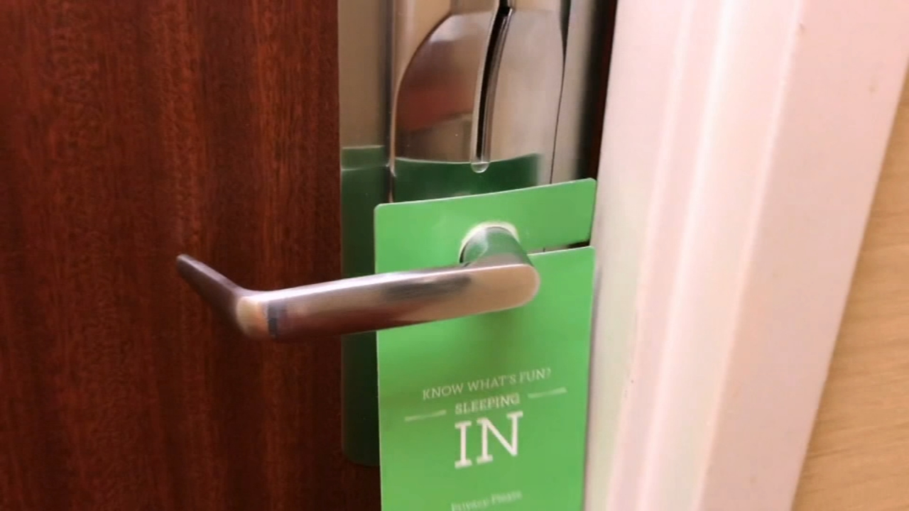 Avoiding hidden hotel fees. Nydia Han reports during Action News at 4:30 p.m. on December 24, 2018.