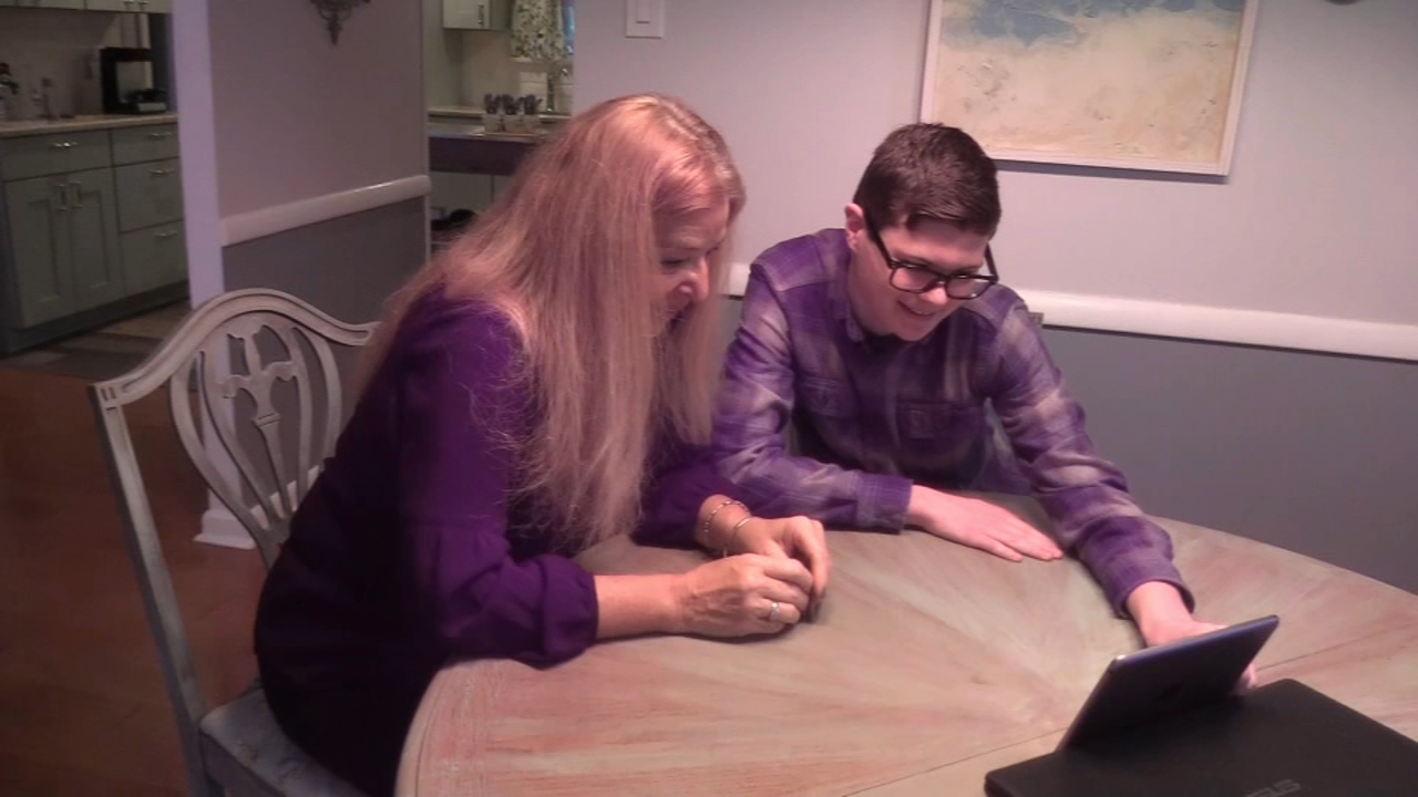 Student helps N.J. teacher connect with family she never knew. Trish Hartman reports during Action News at 10 p.m. on December 25, 2018.