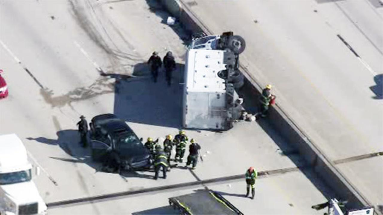 I-95 SB reopens at Columbus Blvd. after crash