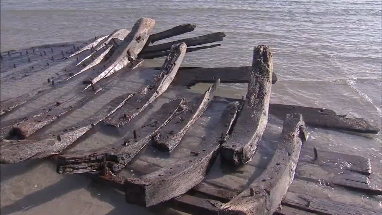 Shipwreck revealed on shore beach could be 1880s schooner. John Rawlins reports during Action News at 6 p.m. on December 27, 2018.
