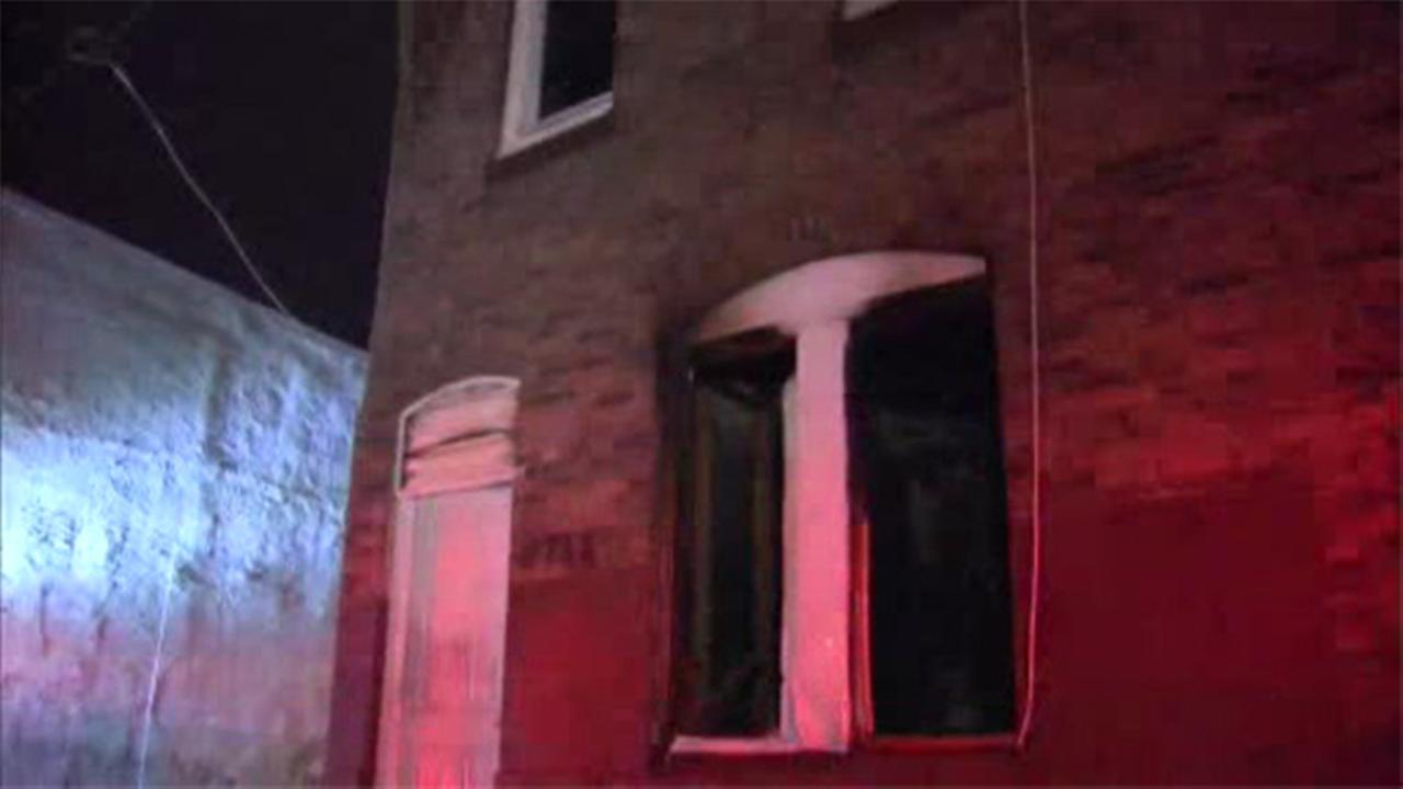 Residents escape burning home in North Philadelphia
