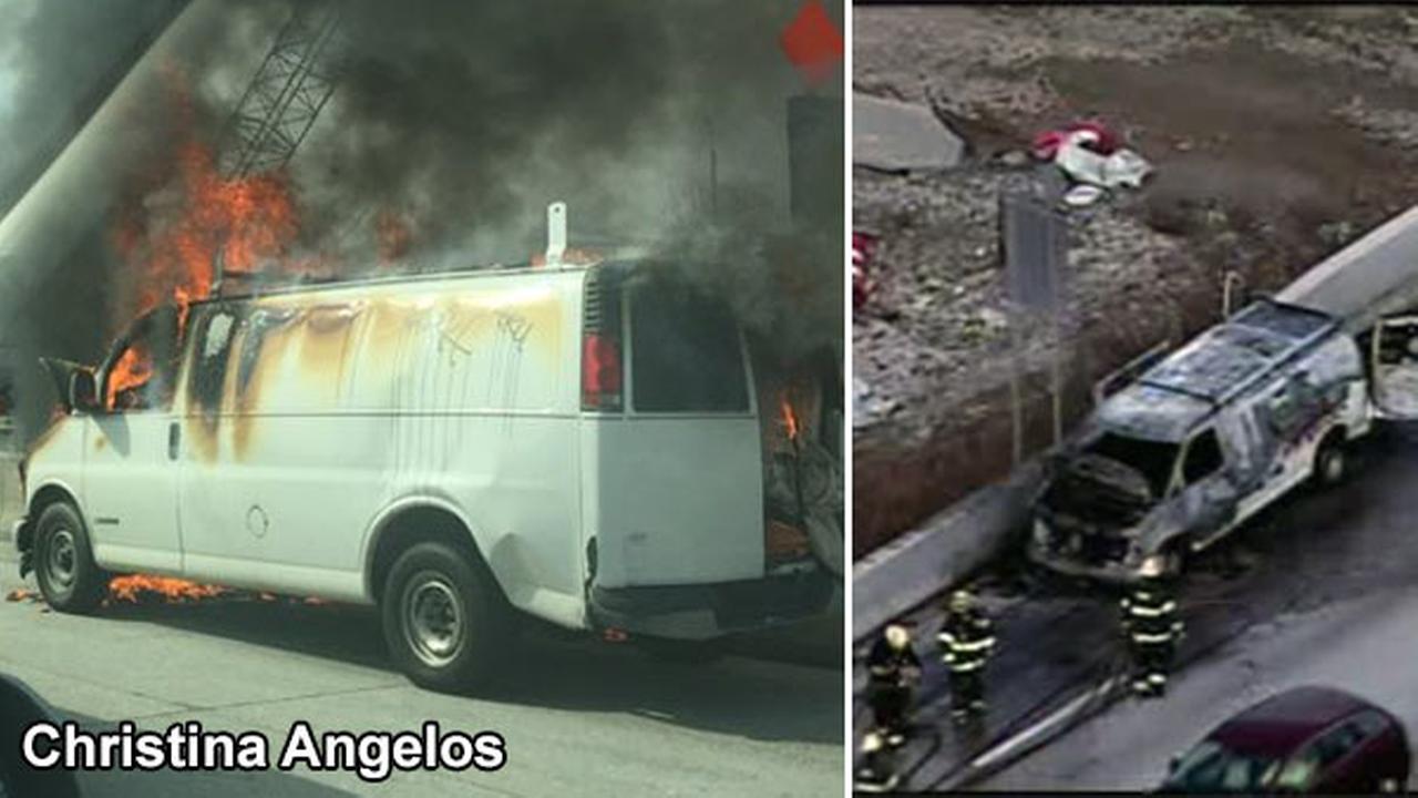 Van fire partially blocks I-95 in Northeast Philadelphia
