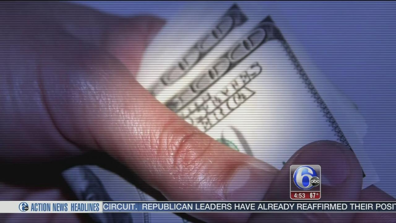 VIDEO: Attorney: Bank tellers may be stealing your account information