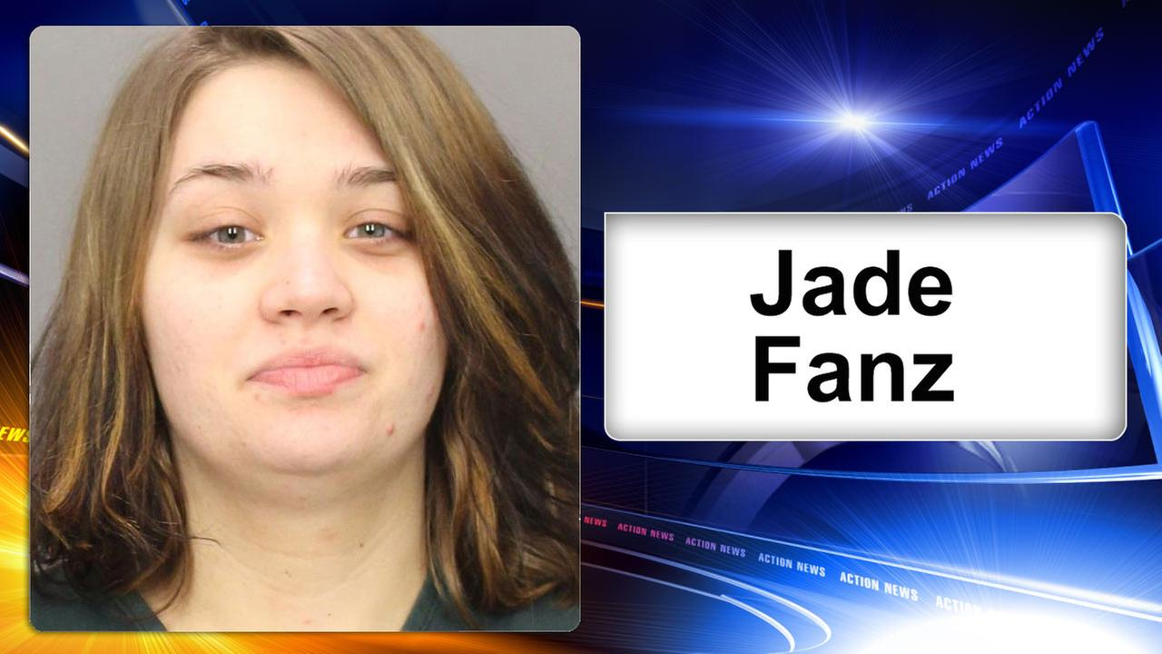 New Jersey woman, 19, accused of strangling newborn