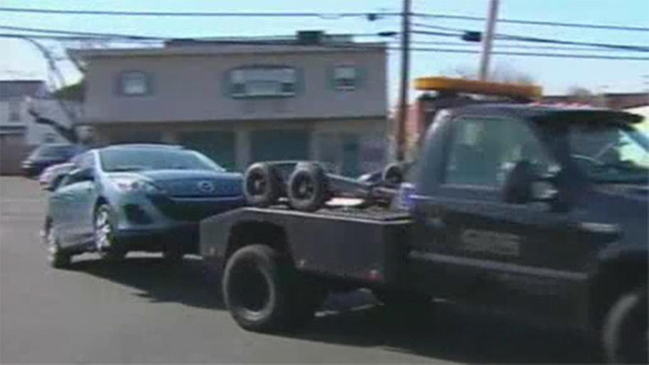 Berks County teens' cars towed from shopping center