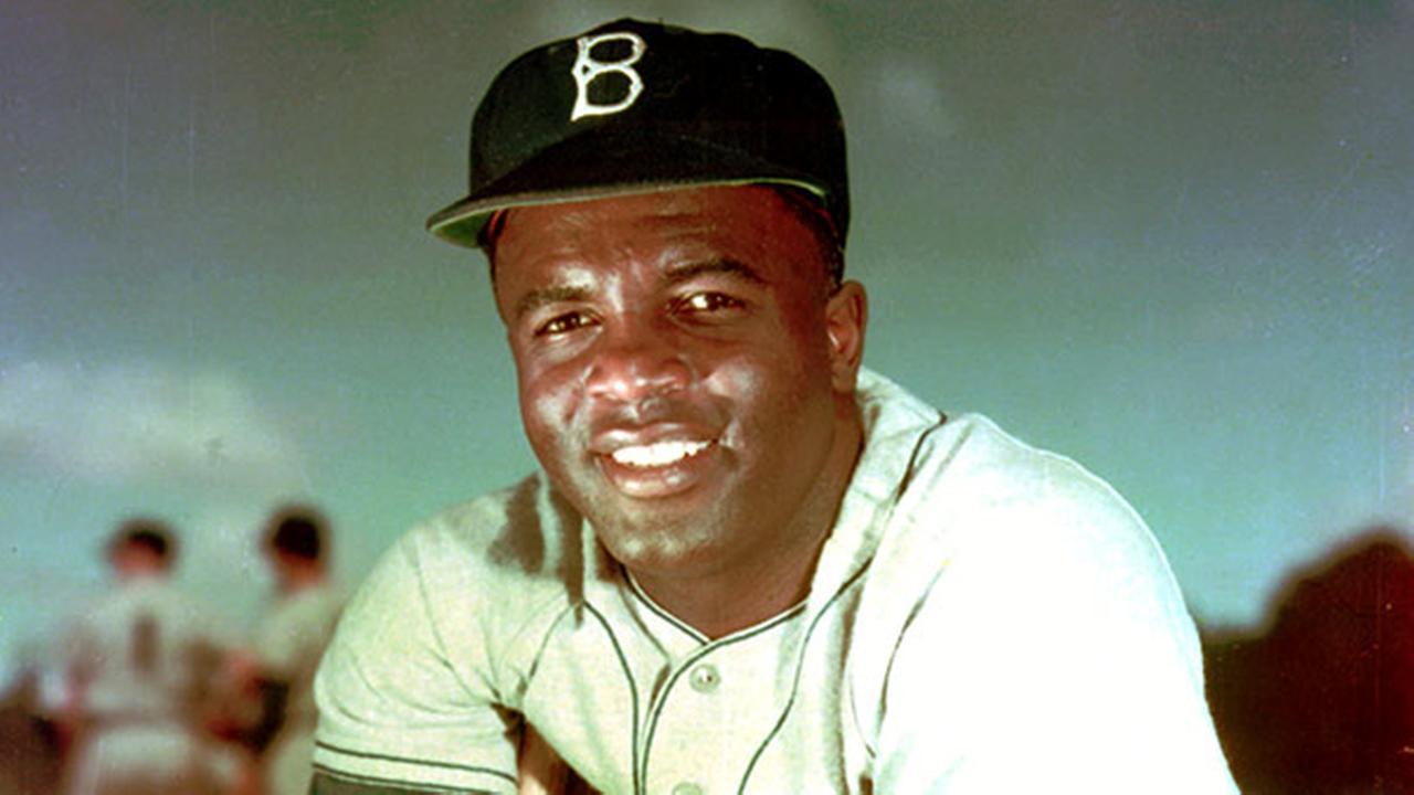 Philadelphia officially apologizes to Jackie Robinson