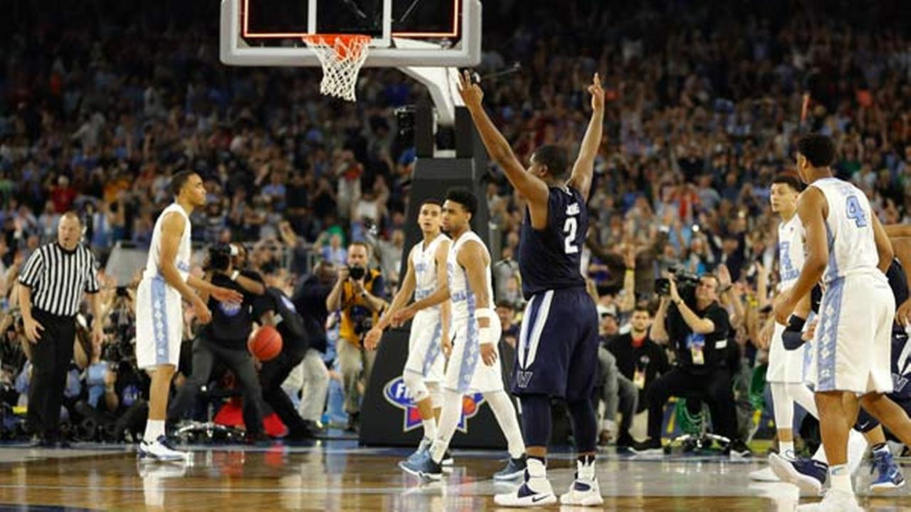 Villanovas Kris Jenkins (2) reacts to his gamne winning three point basket at the conclusion of the NCAA Final Four tournament  championship.