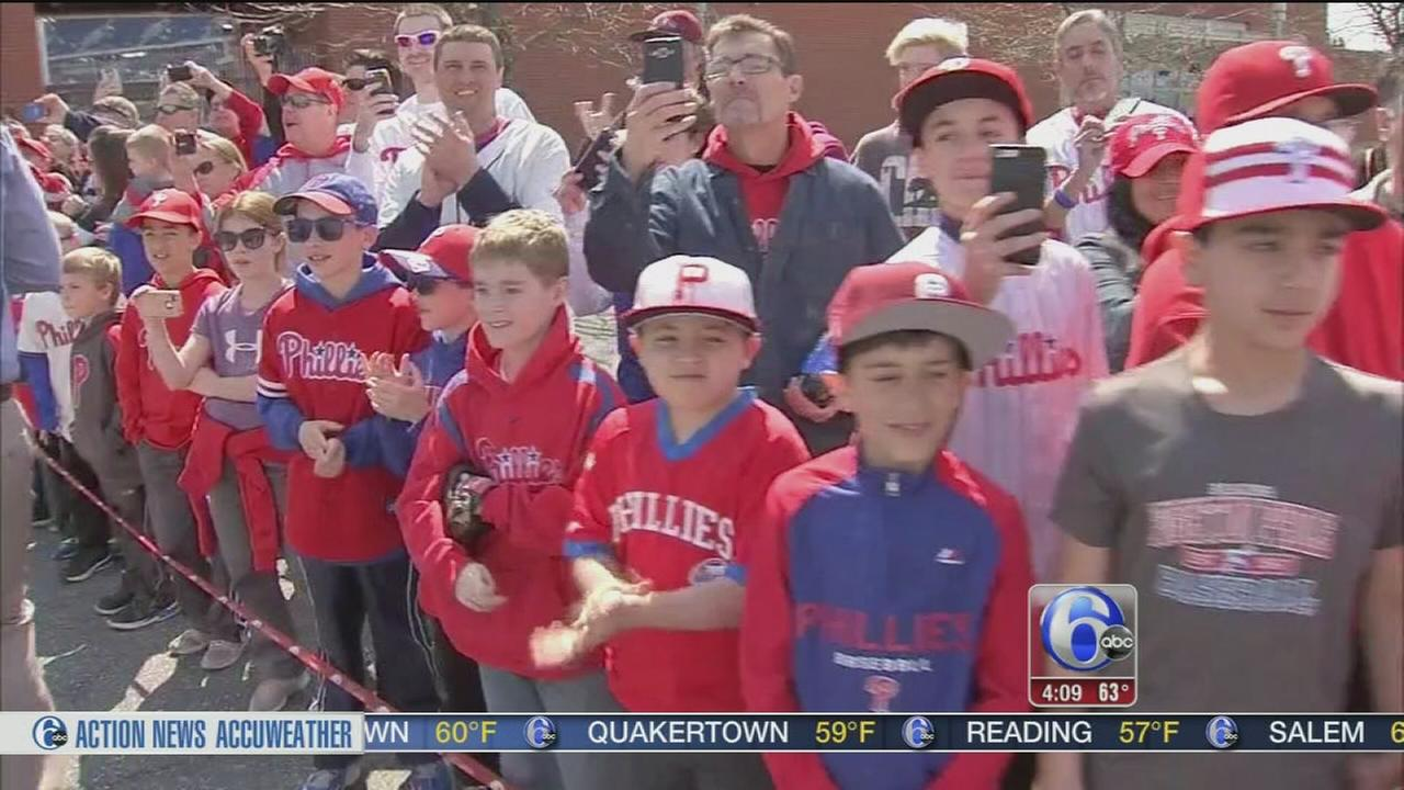VIDEO: Phillies Opening Day fun