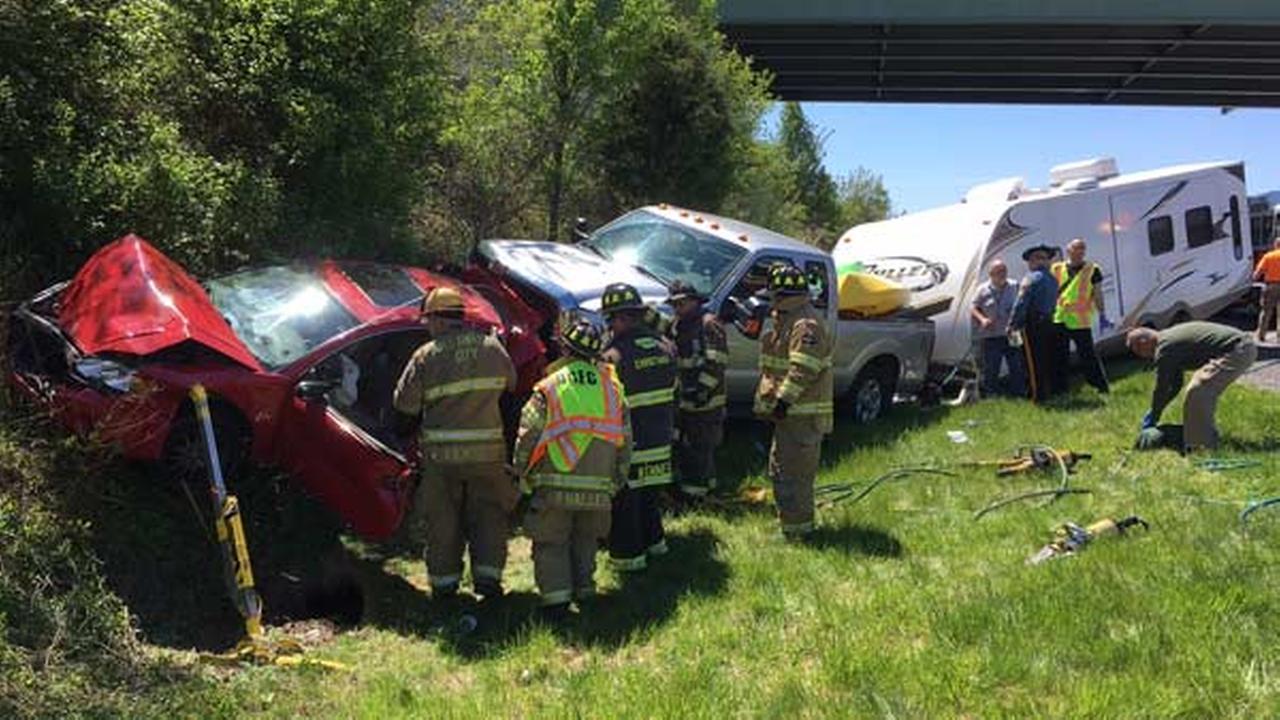 4 injured in Delaware City crash