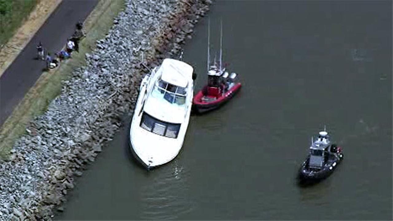Boating accident on C and D Canal in Delaware
