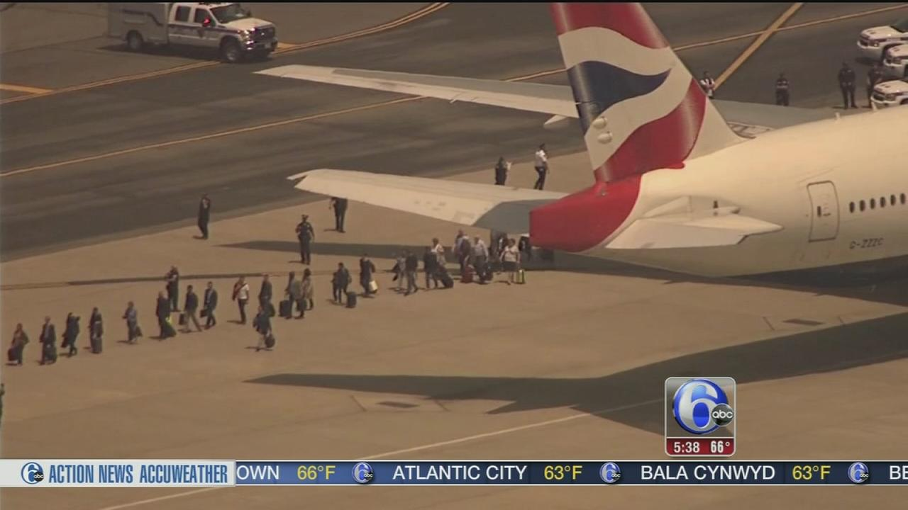 VIDEO: Nothing harmful found on US-bound jet that received threat