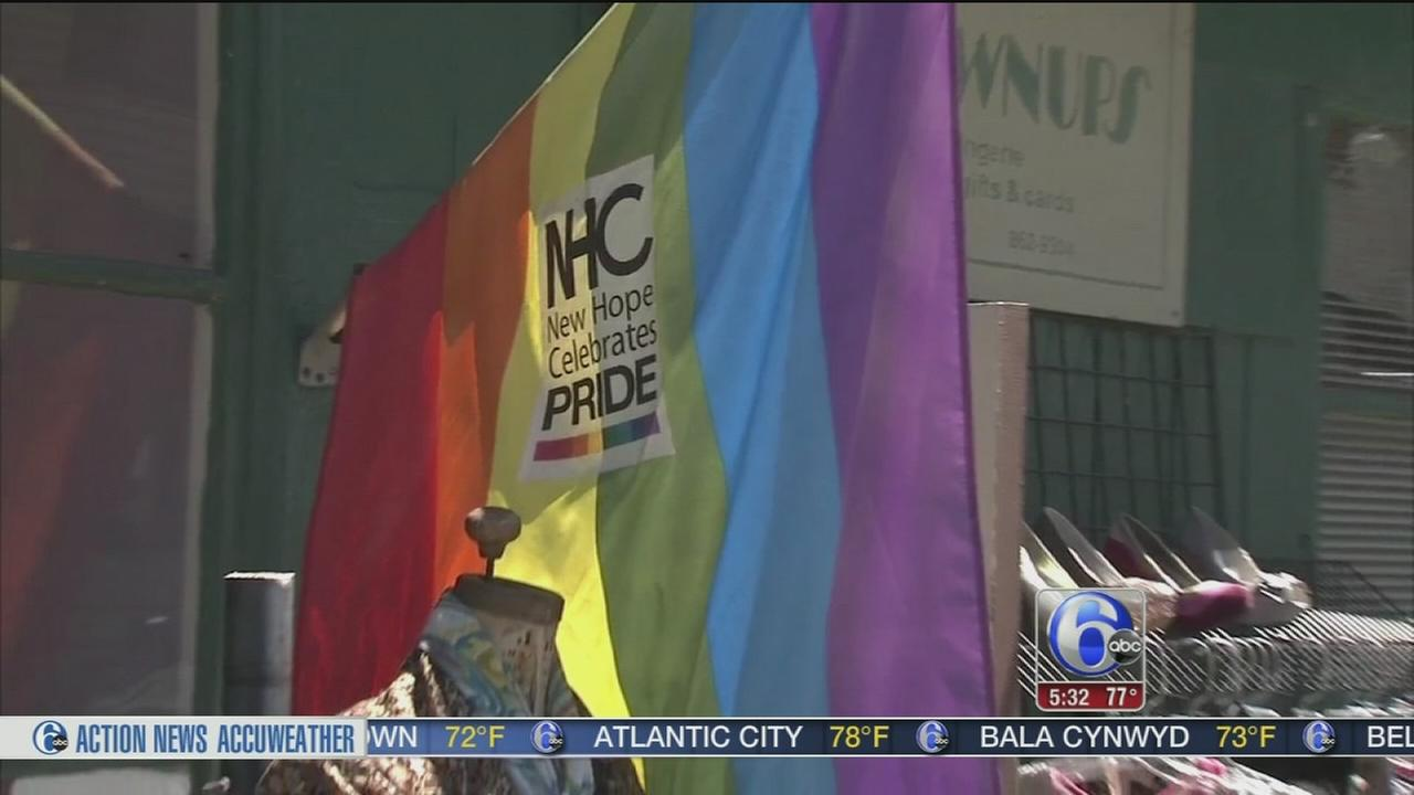 VIDEO: New Hope honors Orlando victims