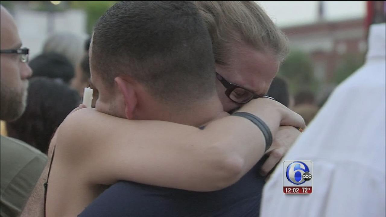 VIDEO: Orlando mourns those lost
