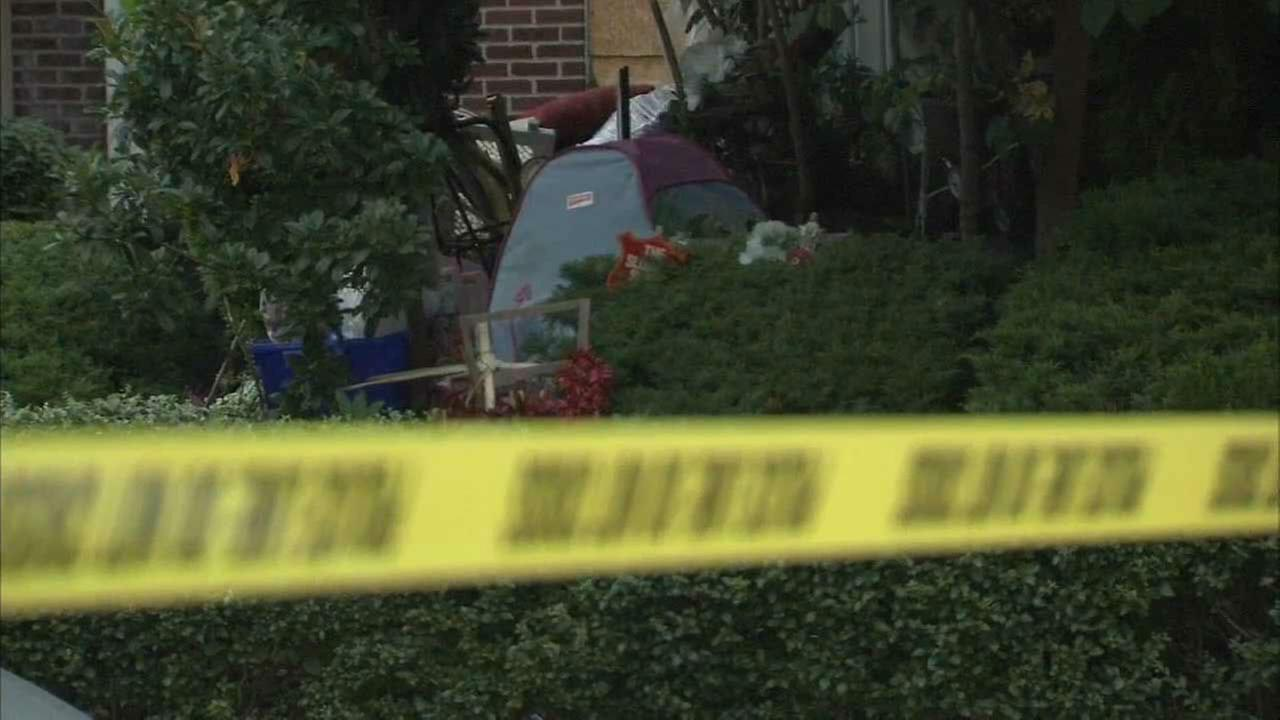 PHOTOS: Stabbings at hoarding home in Olney