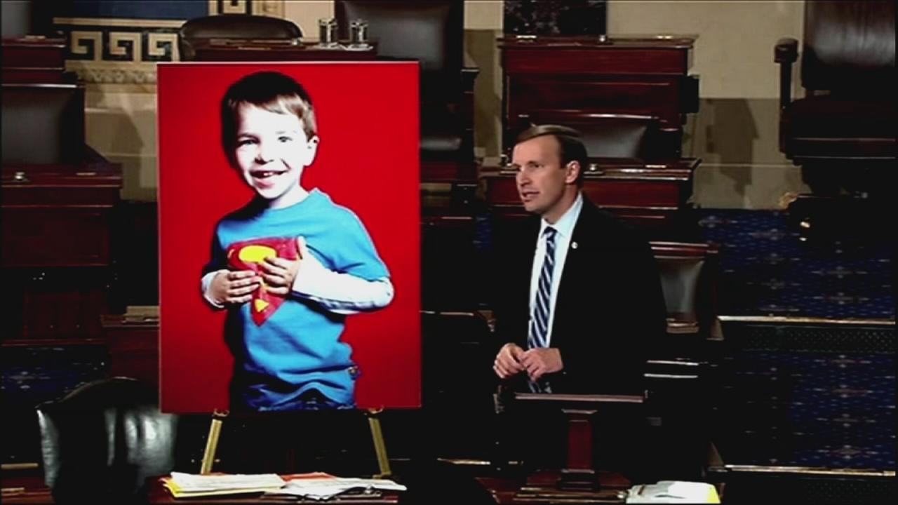 VIDEO: Sen. Murphy ends filibuster