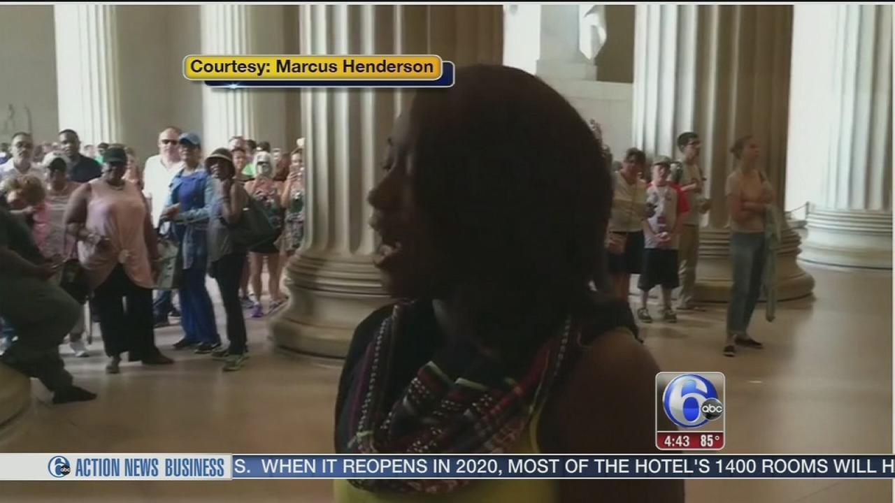 VIDEO: Impromptu national anthem performance goes viral