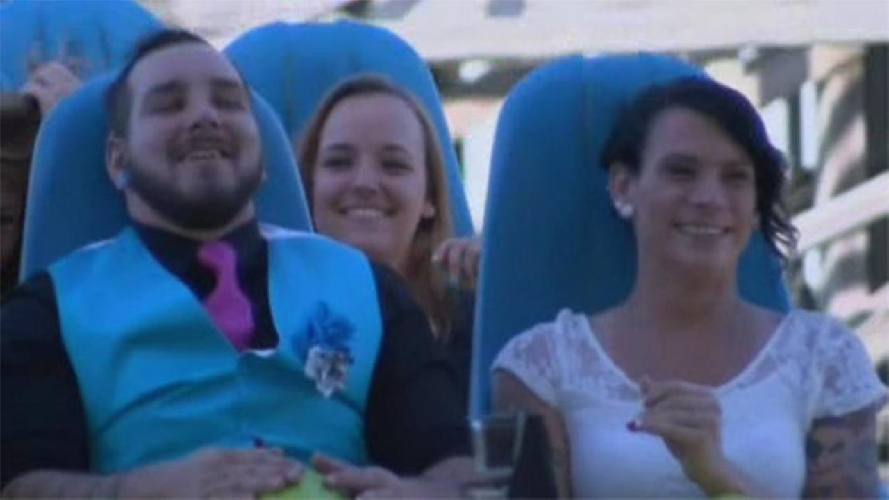 Couple married on North Carolina roller coaster