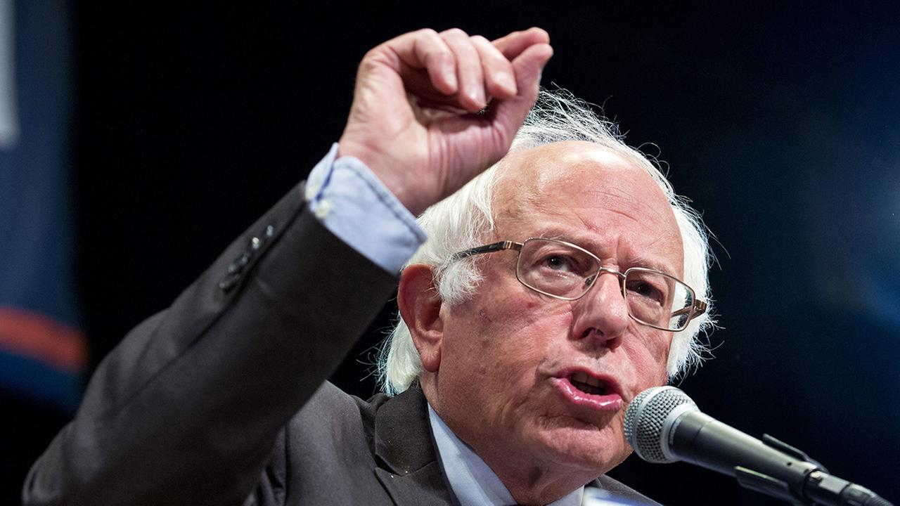 Sanders, delegates to meet privately amid lingering angst