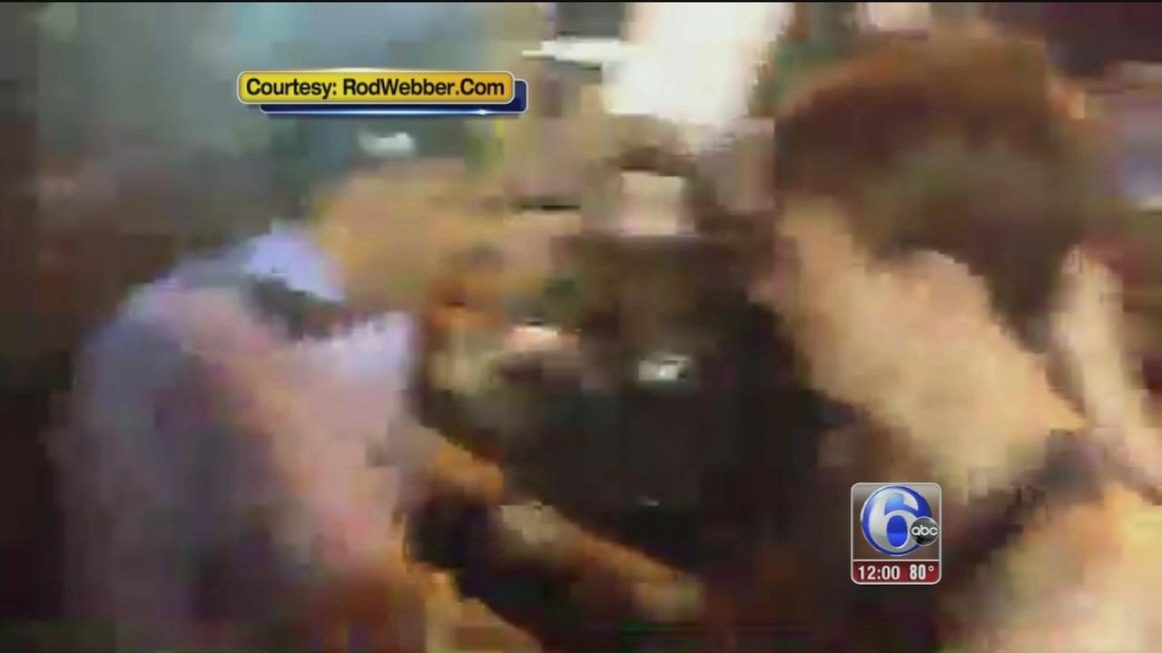 VIDEO: Arrests after protesters breach fence near DNC