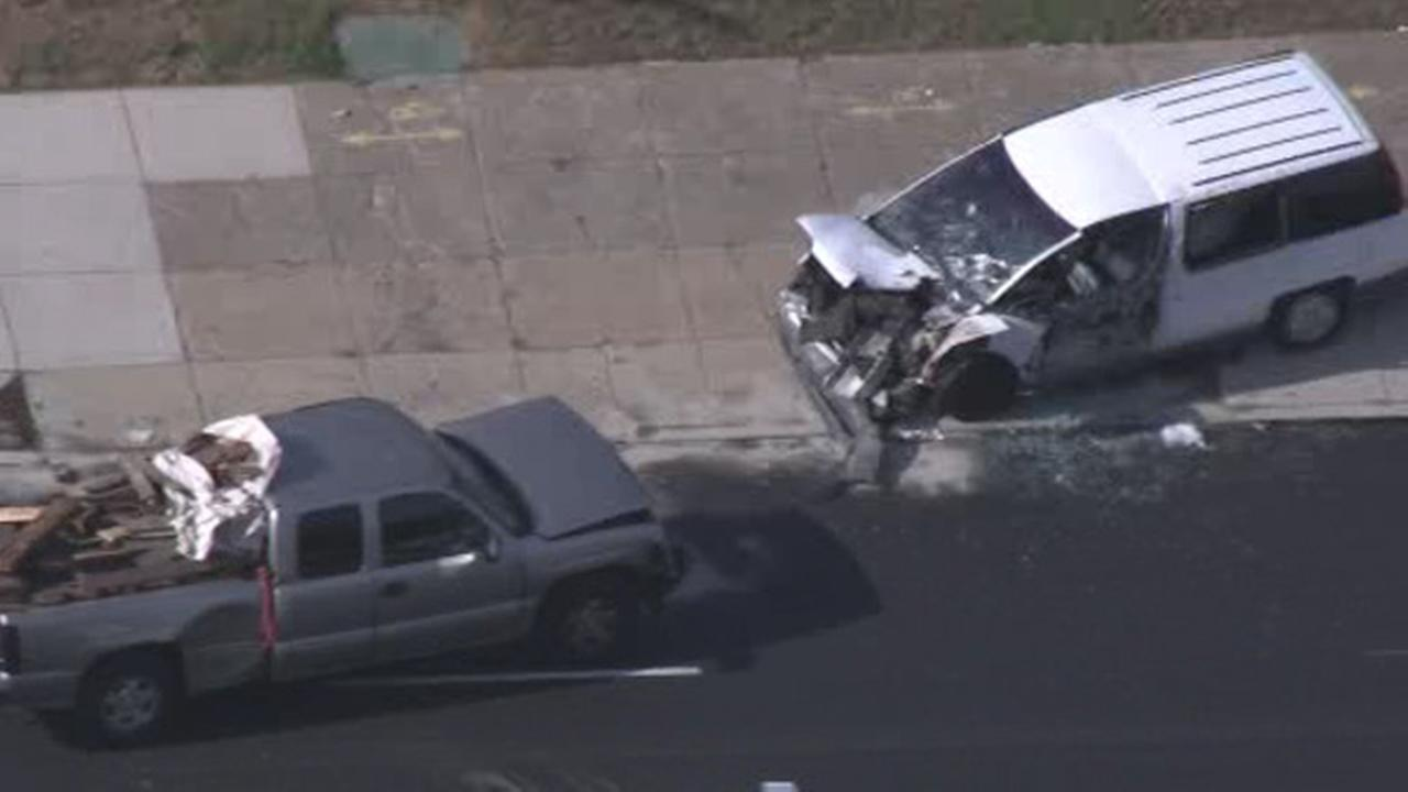 1 injured in Hunting Park collision
